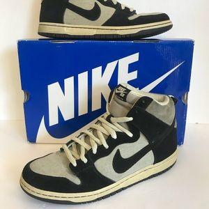 2011 Nike Sb Dunk high pro grit black fossil skate